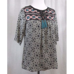 Takara Black White Embroidery Top S